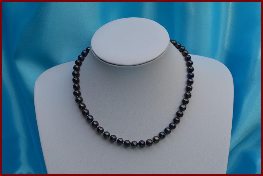 Collier ras de cou de perles rondes noires de 7/7,5 mm