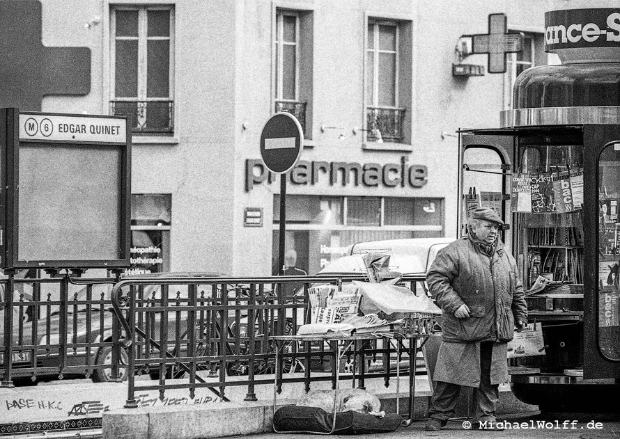 Zeitungs Verkäufer Edgar Quinet 1990