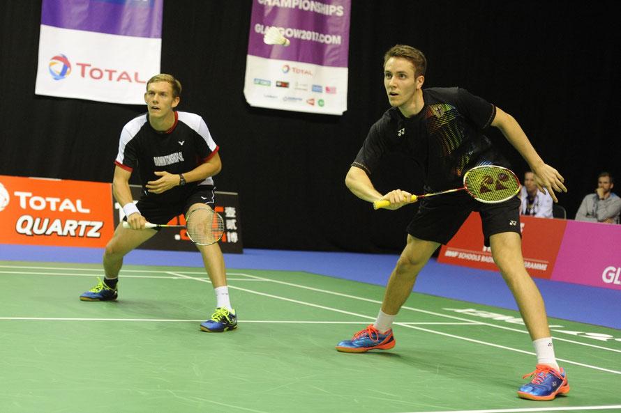 Marvin Seidel (l.) und Mark Lamsfuß gewannen ihr Auftaktmatch in zwei Sätzen.  Foto: Claudia Pauli.