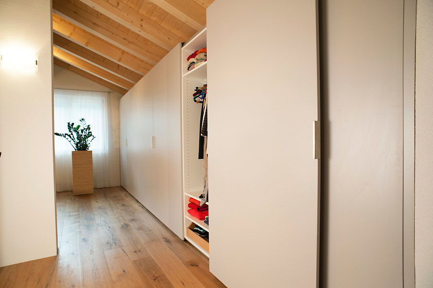 innenarchitektur einbauschr nke. Black Bedroom Furniture Sets. Home Design Ideas