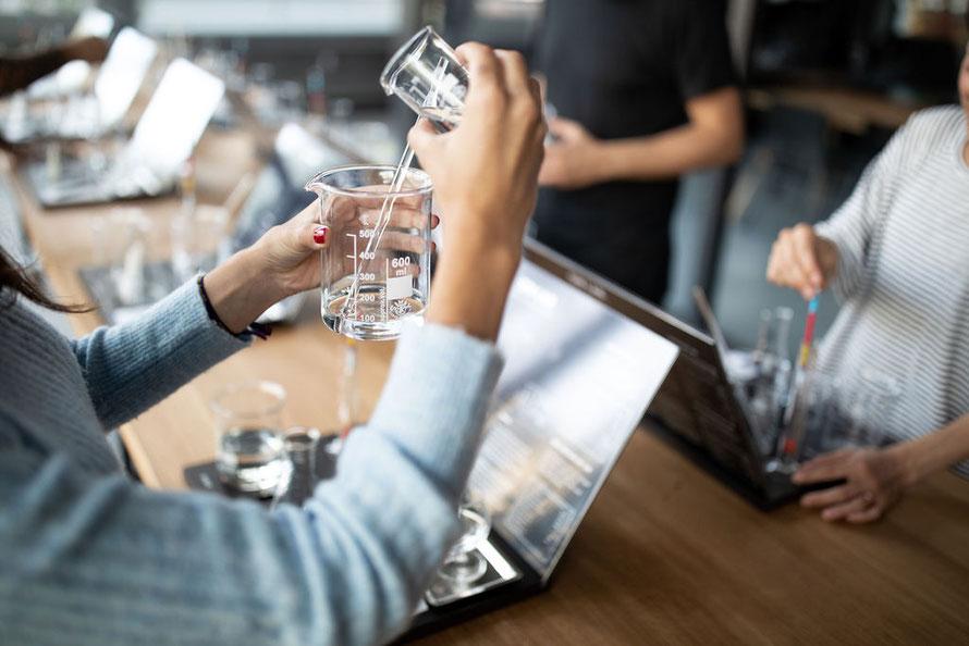 TURICUM Distillery Gin Lab © by Sarah Vonesch Photography