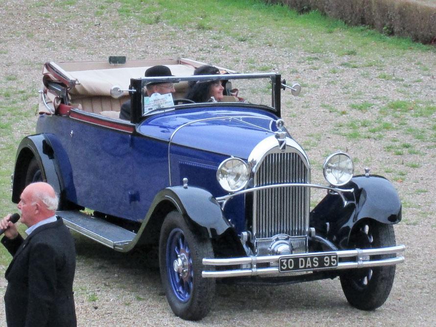 voiture ancienne Talbot au château de Maisons-Laffitte