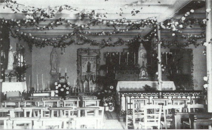 Intérieur de la chapelle Sainte Thérèse à Maisons-Laffitte
