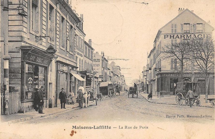 Place du Parc et rue de Paris à Maisons-Laffitte