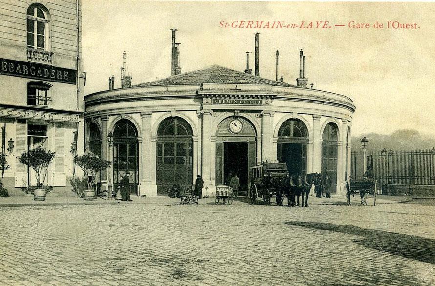 Ancienne gare de Saint Germain-enLaye implantée sur le parc du château.