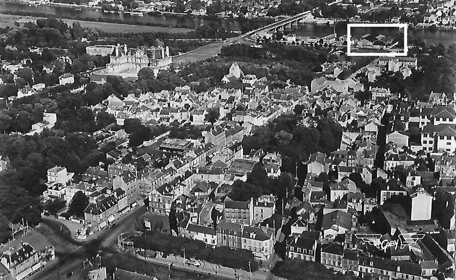 Maisons-Laffitte chantier naval De Coninck vue aérienne de Maisons-Laffitte en 1954