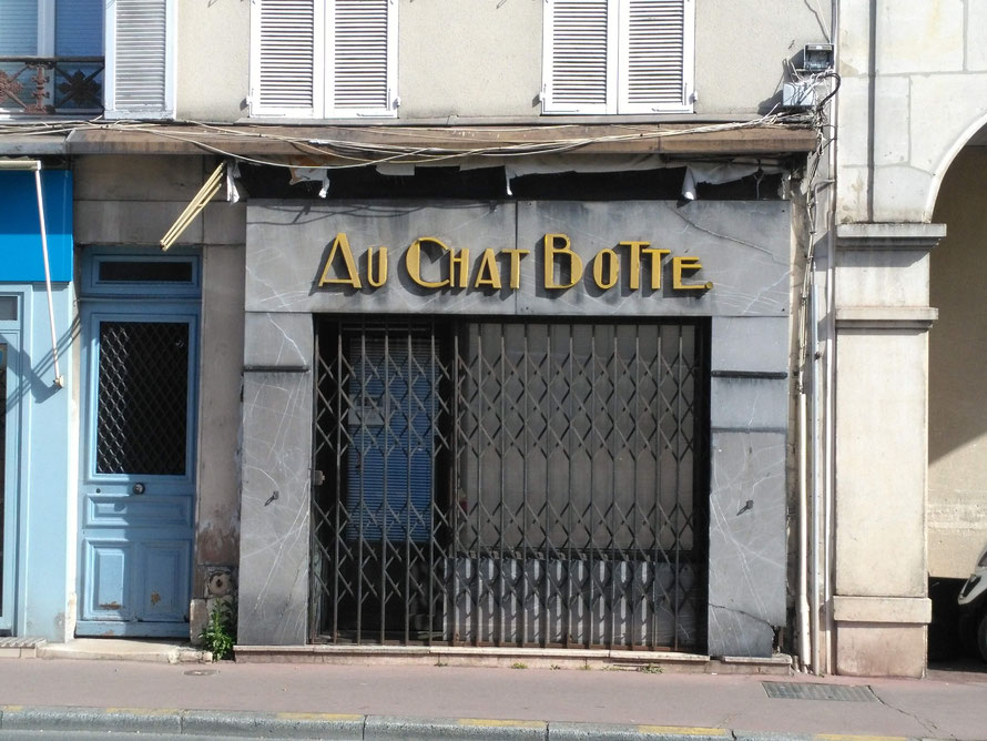 maisons-laffitte au chat botté rue de paris
