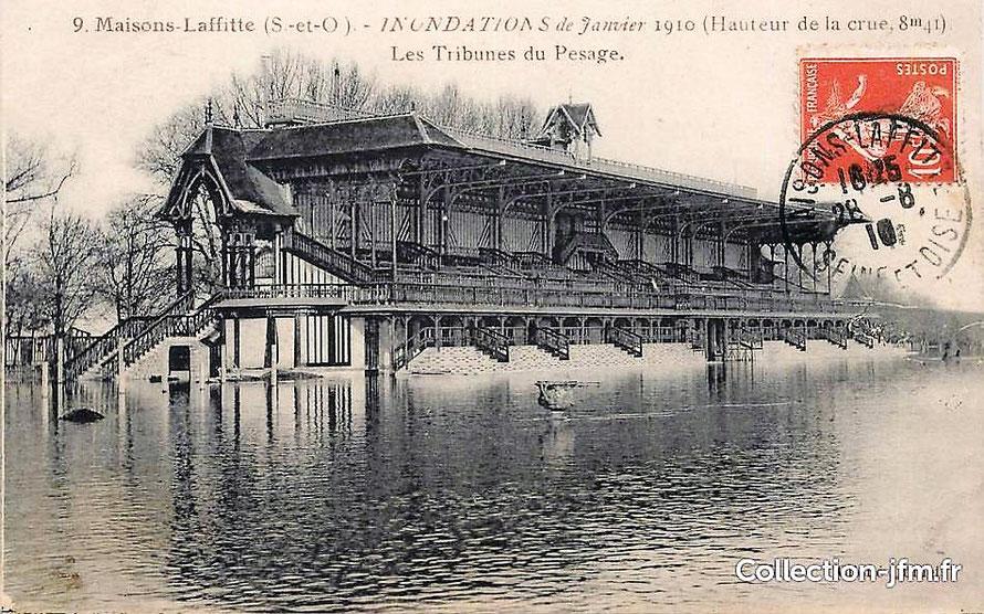 Le chanp de courses inondé en 1910