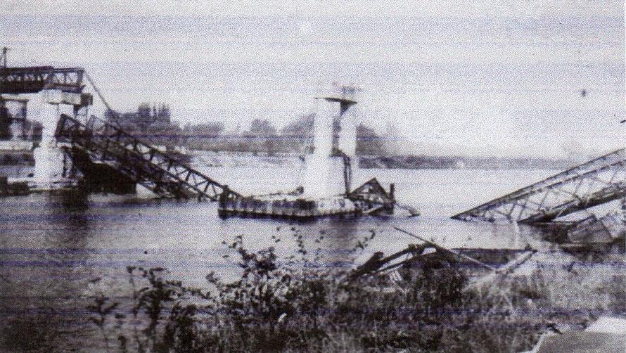 maisons-laffitte passerelle détruite le 26 aout 1944