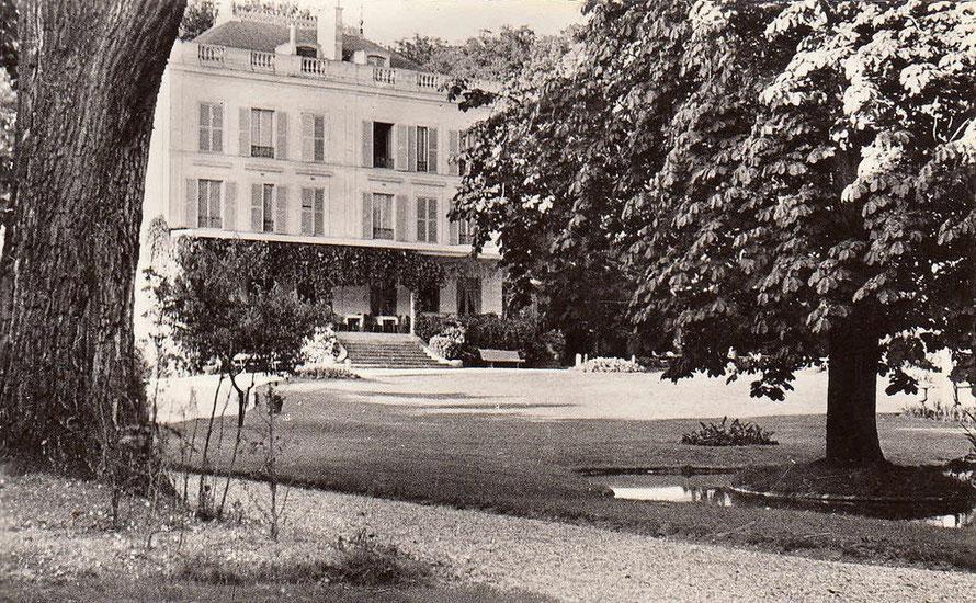 """""""La Vieille Fontaine"""" à Maisons-Laffitte"""