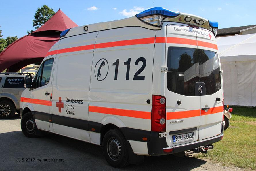 """Der RTW ist  inzwischen der Rotkreuz Schleiz 11/83/3 und hat als """"Veranstaltungs-RTW"""" für das hintere Trittbrett eine Anhängekupplung erhalten um die Mobile Einsatzleitung  zu ziehen."""