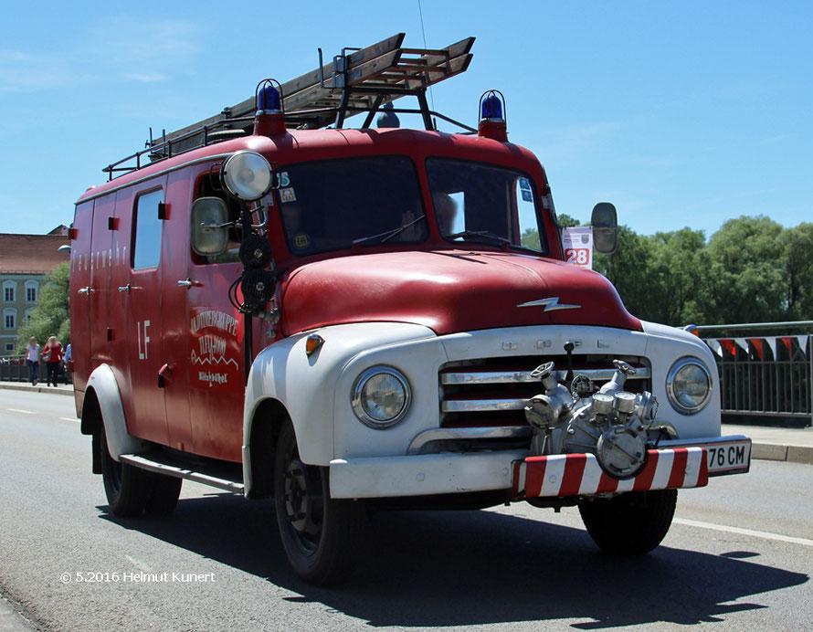 bis zum 12. Juni in Kitzbühel beim dortigen Feuerwehroldtimertreffen.