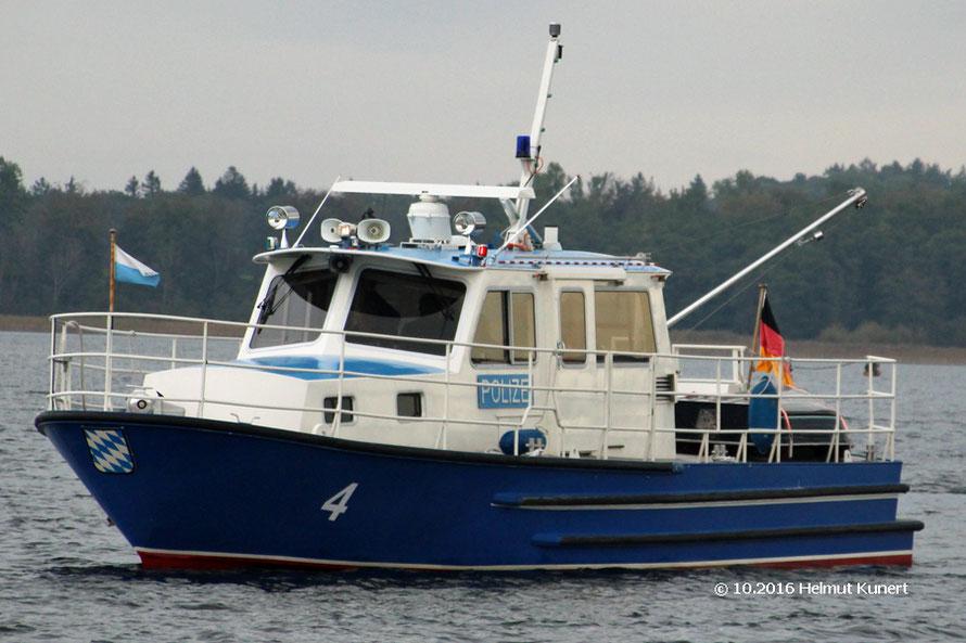 Das große Polizeiboot vom Chiemsee.