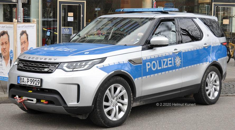 In der bayerischen Ausführung in Silber und aus 3 weiteren Bundesländern in Weiß/Blau