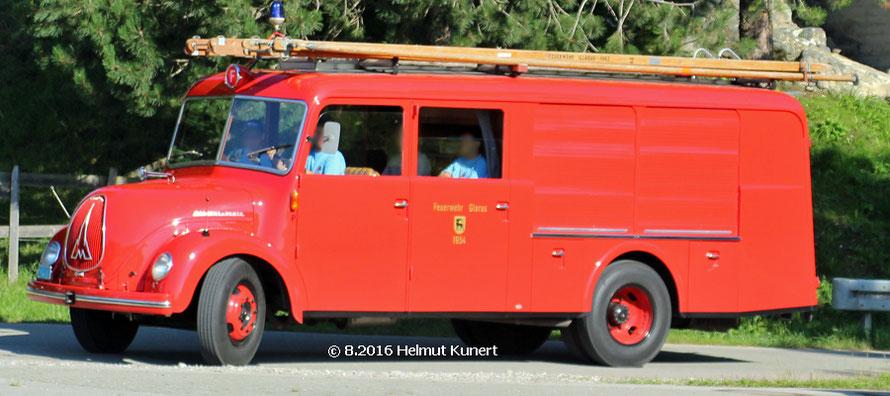 Schweizer Pikettwagen der freiwilligen Feuerwehr Glarus. Baujahr 1954