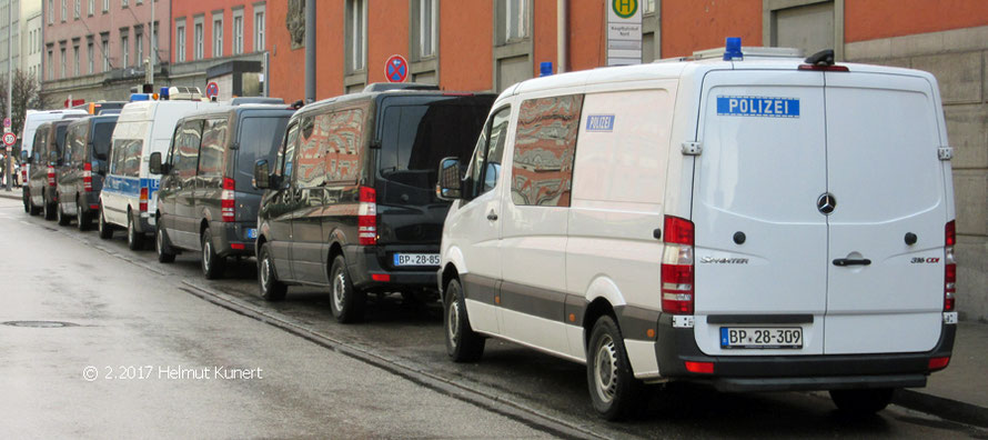 Interessante Fahrzeugzusammenstellung einer nordbayrischen Einheit.