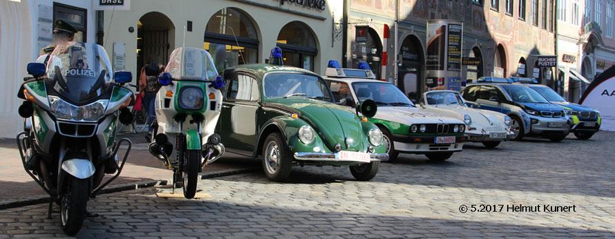 Bunt gemischtes aus Bayern, vom Porsche-Museum und ein ital. Polizei-Lamborghini aus Bayern.