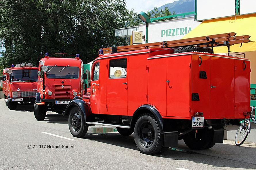 Der Feuerwehroldtimerverein aus Hard ist stark vertreten.
