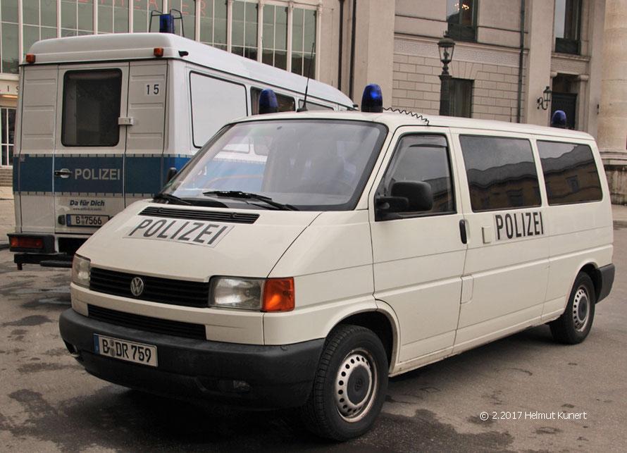 Uniformierter VW