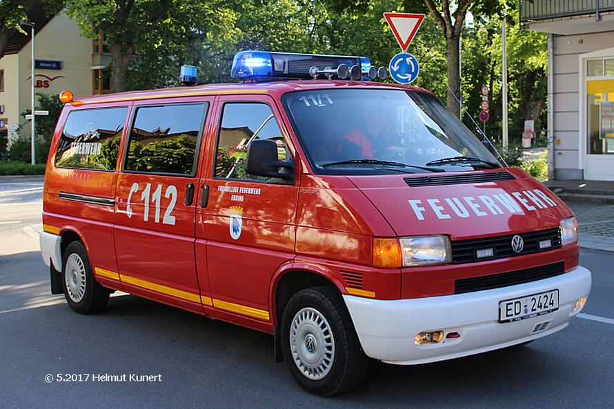 Auch die freiwillige Feuerwehr hilft mit.