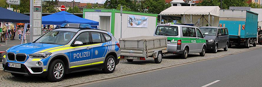 Alles Fahrzeuge der bay. Polizei.