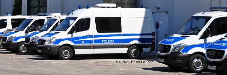 Hessische Bereitschaftspolizei in der Messe