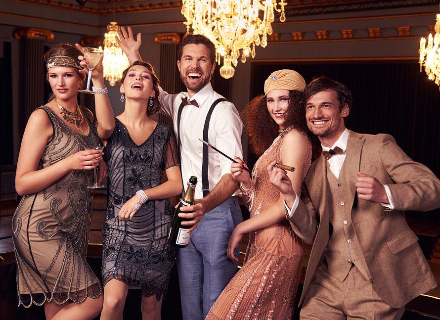 Babylon Cassel - Gatsby-Party - Lifestyle-Fotos im Blauen Saal des Kongress Palais Stadthalle Kassel von Yvonne Sophie Thöne