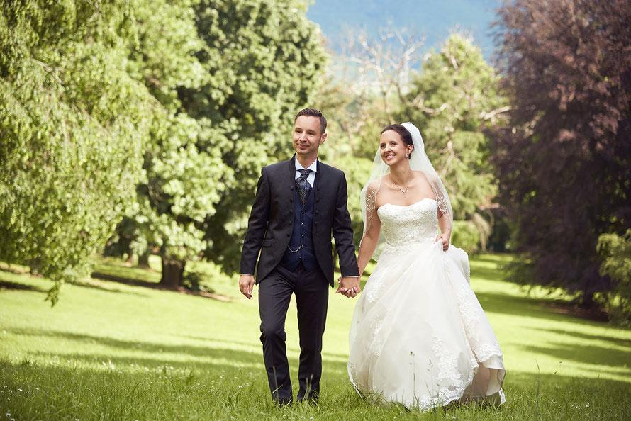 Hochzeitsfotos in Kassel, Eschwege, Göttingen und Umgebung, hier im Schlosspark von Schlosshotel Wolfbrunnen von Hochzeitsfotografin Yvonne Sophie Thöne