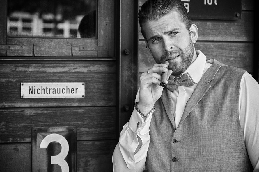 Stilvolle Portraitfotos von Männern von Portraitfotografin in Kassel mit Fotostudio in Immenhausen Yvonne Sophie Thöne