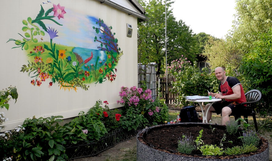 PAT23 - Graffiti-Auftragsarbeit Leipzig Miltitz - Wandmalerei Garten Verein Landschaft Natur