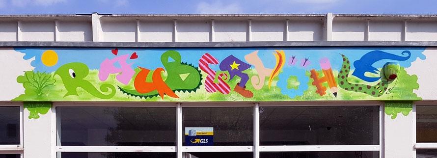PAT23 - Graffiti-Auftragsarbeit Leipzig Grünau - Wandmalerei Kinder Fachgeschäft