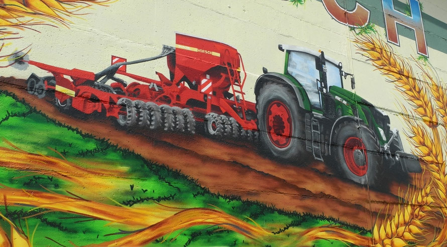 PAT23 - Fassaden Gestaltung Leipzig - Krostitz - Noitzsch - Mit Hauseigenem Traktor