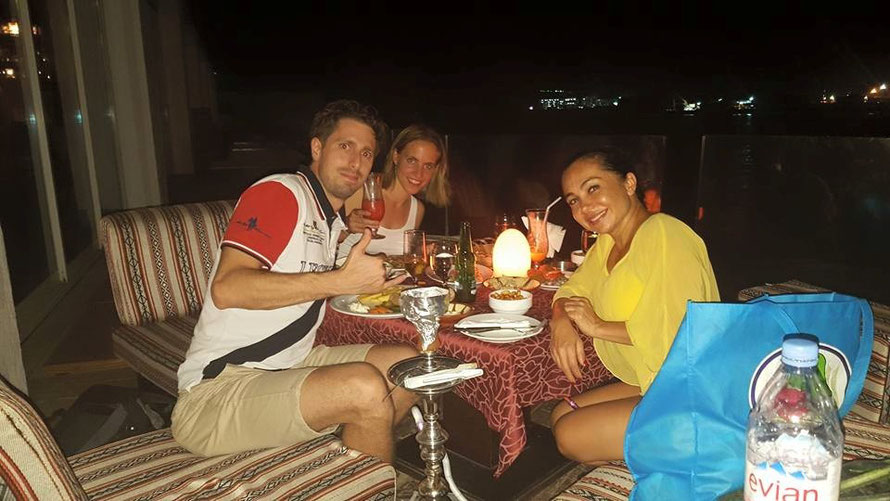 Prof. Espoleta - Essen nach einem Capoeiratraining in Dubai :)