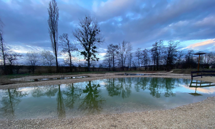 Vorfrühlingsabendstimmung bei der Weiheranlage Toggessenmatten     Foto: Christian Lischer 14. März 2021