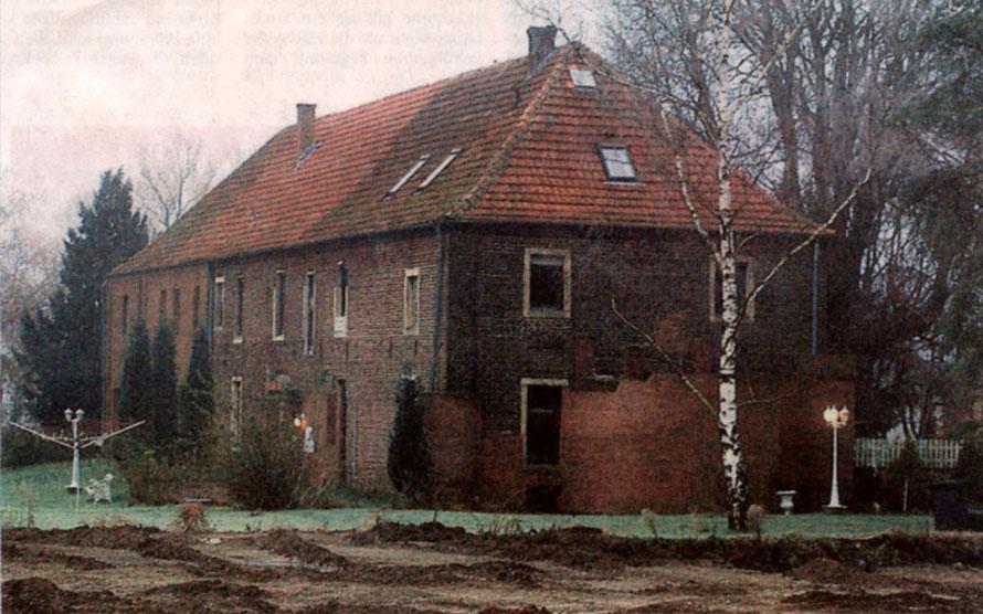 Haus Füchteln, als es noch bewohnt war. Doch bevor es 2021 von der Stadt Olfen verkauft wurde, war es 12 Jahre unbewohnt.