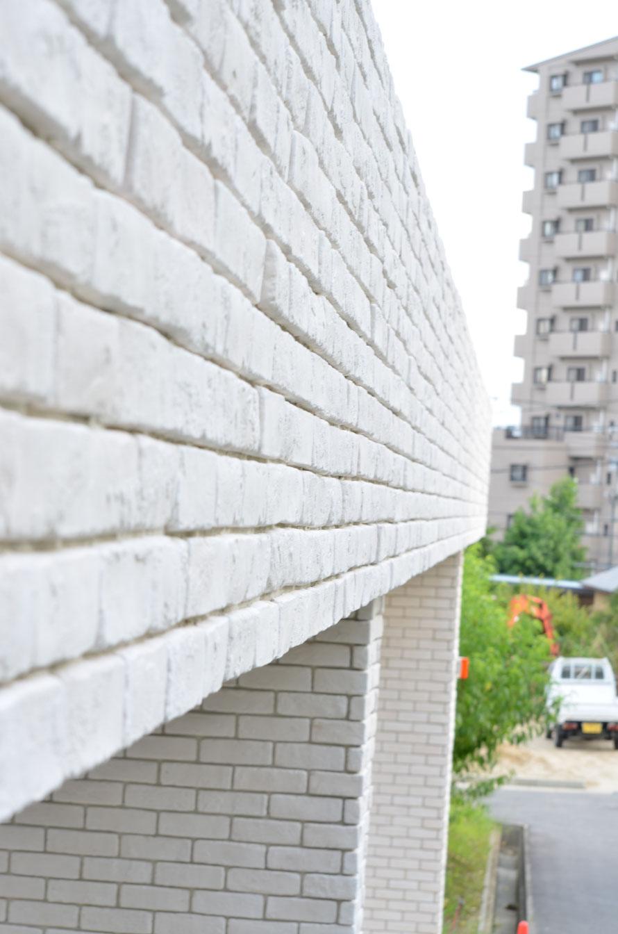 モダン シンプルモダン ナチュラルモダン 外構 庭 駐車場 スタンプコンクリート デザインコンクリート 外溝 門 塀