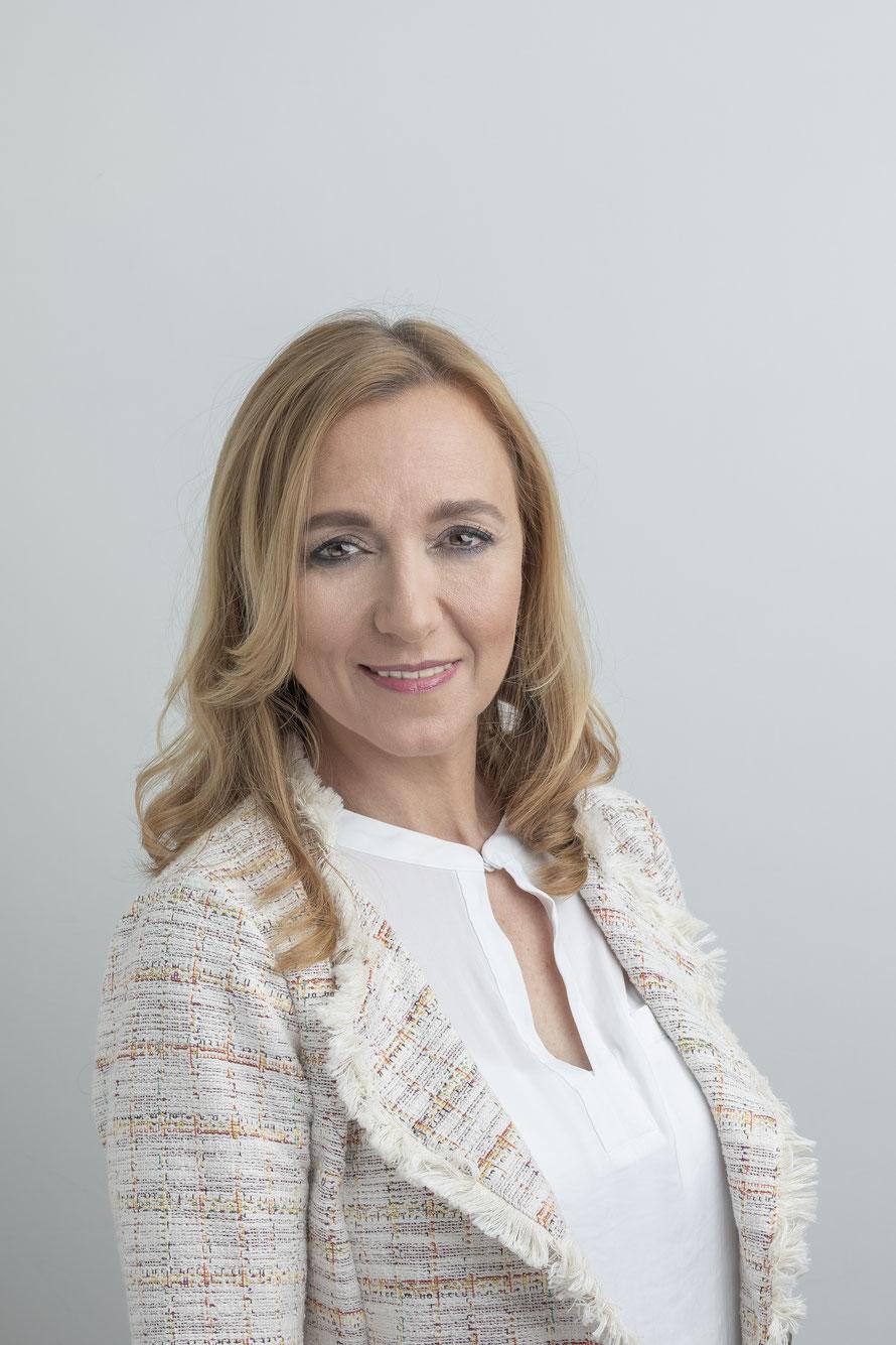 Conchi Ufano, fotografía para cartel electoral. Conchi Ufano, portrait for elections.