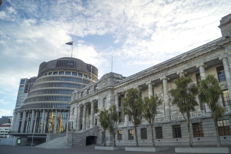 """Der """"Bienenstock"""", das Parlamentsgebäude und Zentrum der Macht Neuseelands. Bei dem Anblick muss man doch einfach vor Erfurcht erzittern, oder?"""