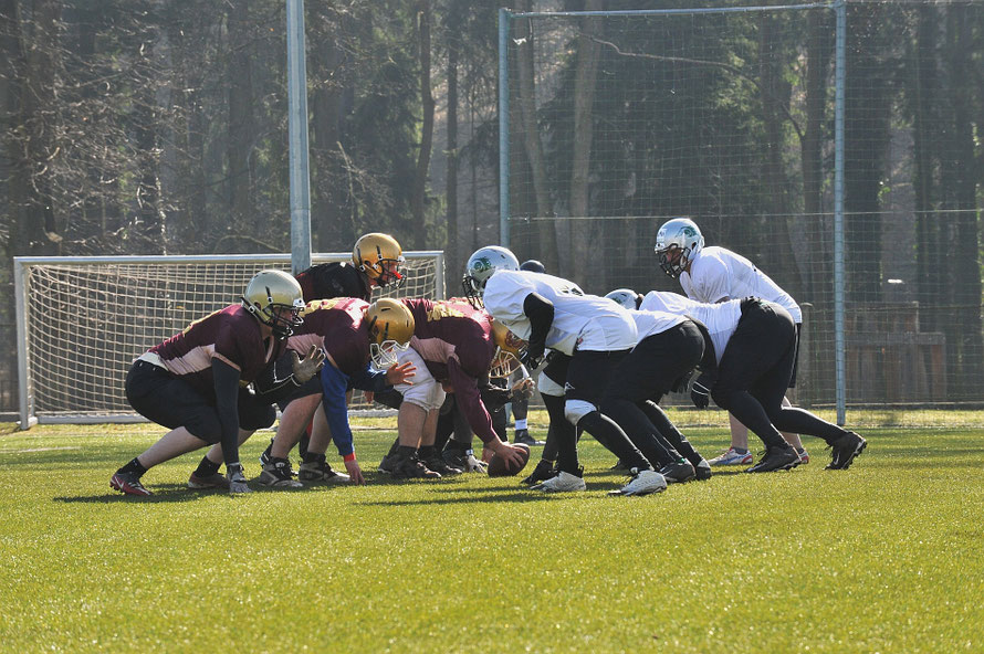 American Football Spieler Huddle