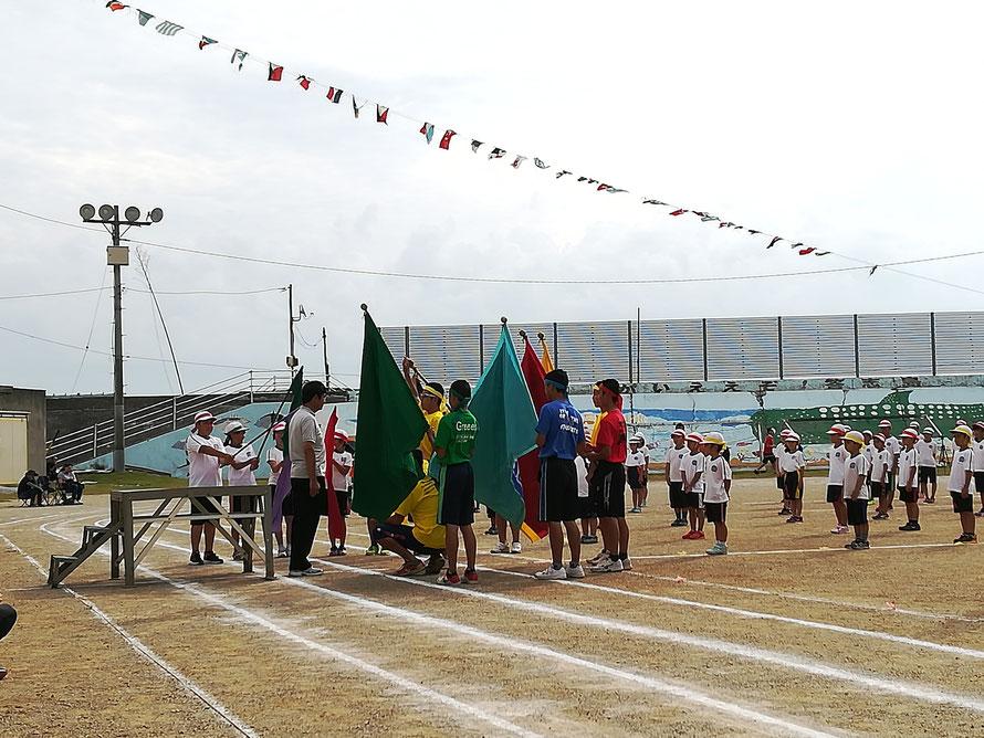 中学校生徒会長による選手宣誓