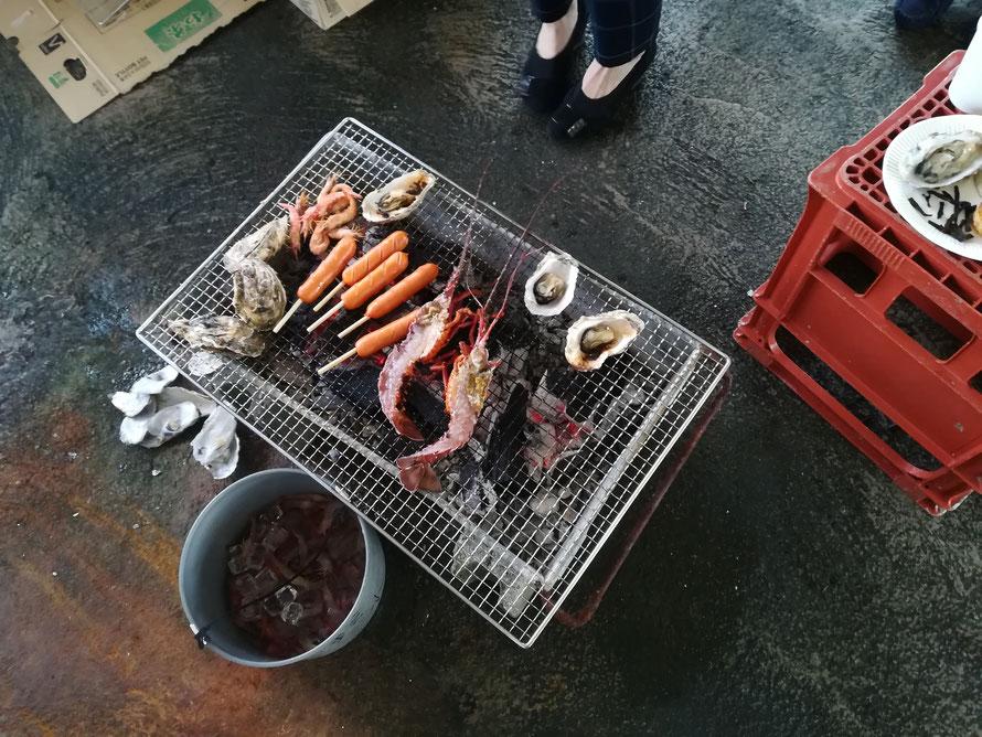 牡蠣、伊勢海老、車海老などなど~。