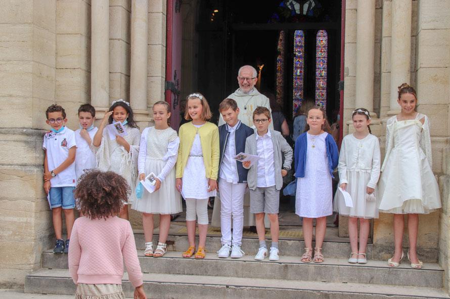 dimanche 6 juin, Alice, Ange, Arthur, Eden, Eliott, Léonie, Noémie, Raphaëlle et Tom