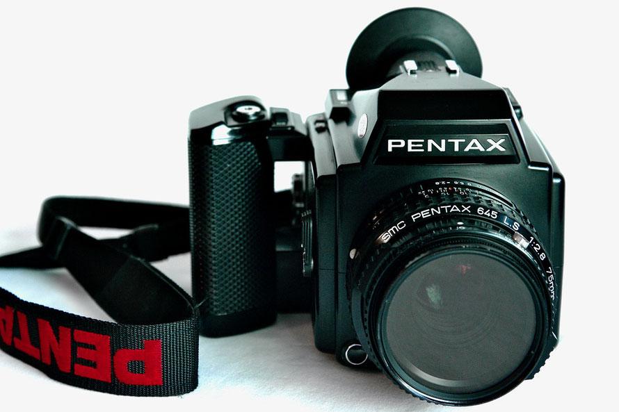 Analoge Mittelformat Kamera von Pentax