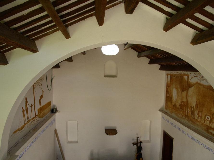 Pinturas murales alegoria al Paraiso perdido en la Ermita de Sant Gabriel, Cubelles.