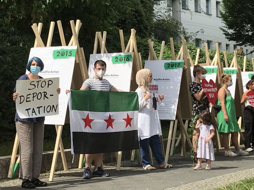 Protest vor der Dänischen Botschaft in Berlin: Keine Abschiebung nach Syrien!