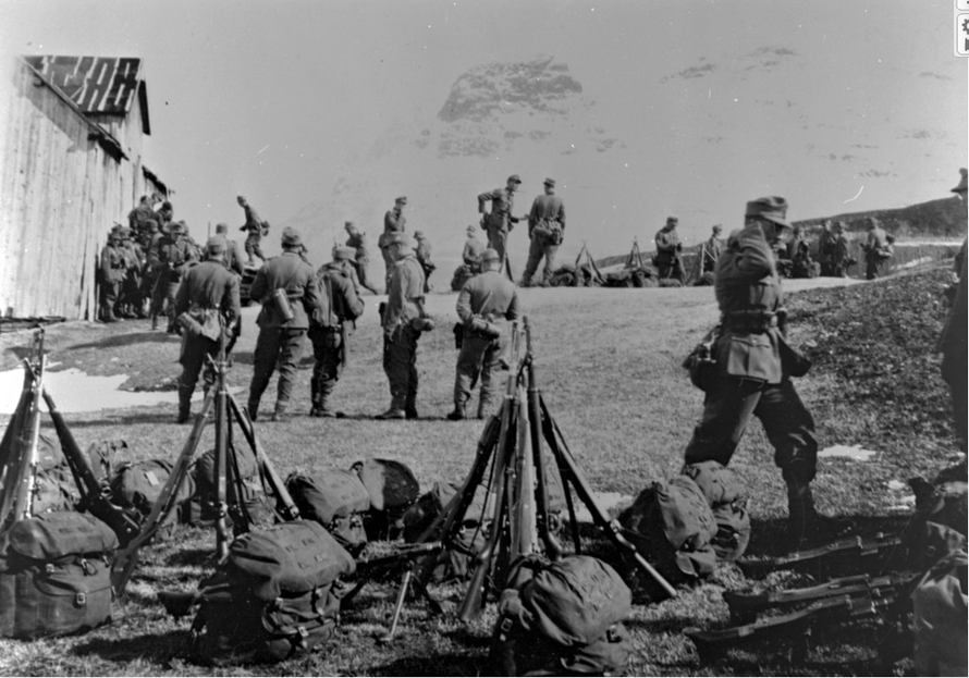 German troops in Storfjord (at the top of the Bollman/Russ Road?) on the Lyngen Line in 1945 (http://www.storfjord.kommune.no/skattekista-bollmannsveienrusseveien.5085860-147545.html).