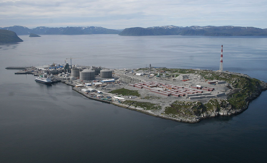 The Melkøya LNG facility under construction near Hammerfest north of Tromso in 2006 (Wikimedia Commons).