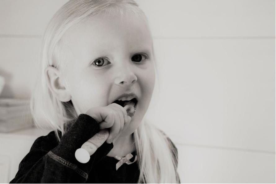 spazzolino da denti per bambini, igiene orale nei bambini