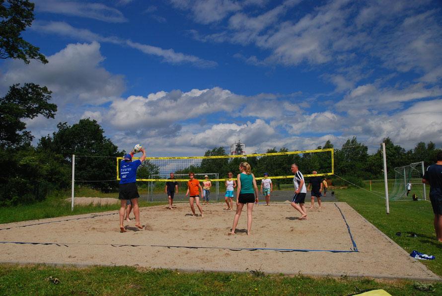 Vermietung unseres Volleyballplatzes für Sportbegeisterte