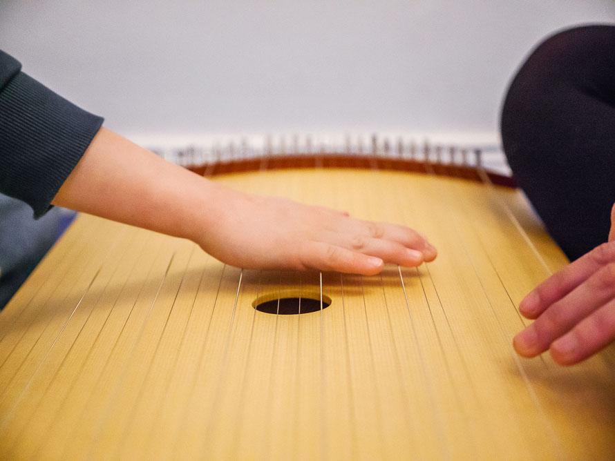 Tambura Musiktherapie Kindertherapie Autogenes Training Berlin Weißensee Prenzlauer Berg Entspannung